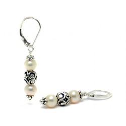 Cercei perle albe cu argint